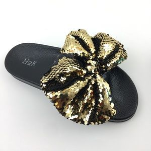 Shoes - Sequin Bow Gold & Black SUPER COMFY Slides